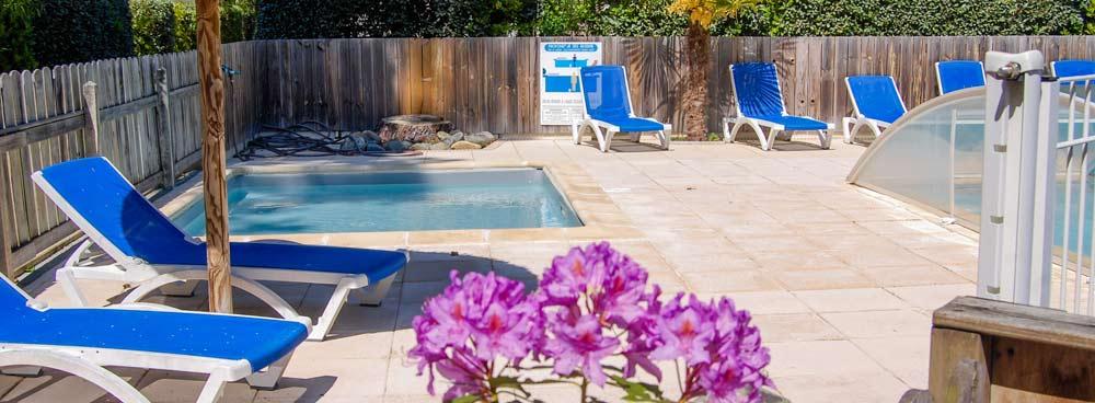 Camping familial avec piscine Arès